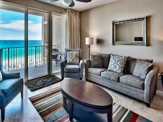 Vogue 5th Floor Majestic Sun Condo with Amazing Panoramic Views of the Gulf!