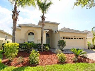 Inviting 4 bedroom 3 bath Highlands Reserve home 7 miles to Disney from $175nt