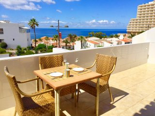 Costa Adeje, Las Americas Holiday Apartment, Fantastic Location, Lovely Sea View