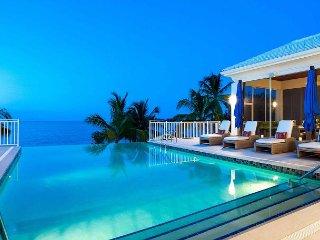 WINTER SPECIAL - Elegant 7BR Estate - Kaia Kamina by Luxury Cayman Villas