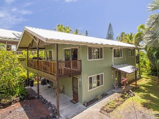 4 Bedrooms, 4 Bathrooms, 2 Full Kitchens, Ocean Views, Awesome Snorkeling!