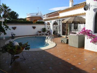 Gorgeous Detached Villa with private pool