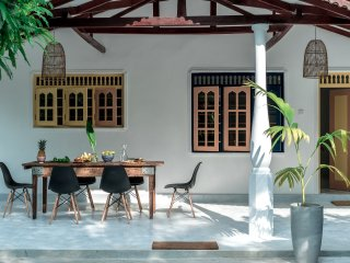 Soto House - Hiriketiya Beach