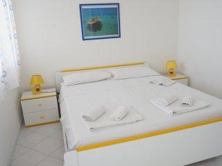 appartamento a 250 metri dal mare con veranda per pranzare ,clima e confort vari