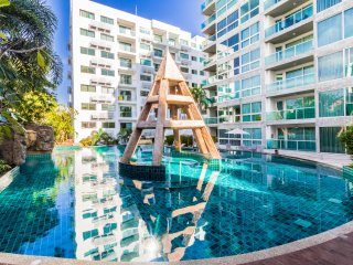 1 Bedroom Apartment Club Royal Wongamat Condominium Tropical Lagoon