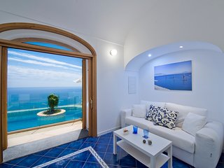 Living room with sea view