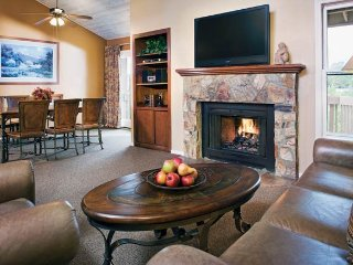 Wyndham Flagstaff Luxury 2 bdrm. Condo, sleeps 6, Aug.12-19, Only $599/Week!
