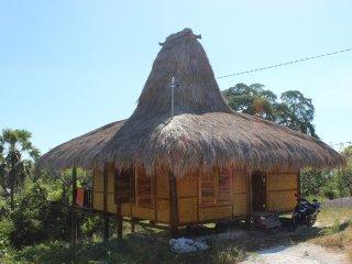 Praikamarru Guest House - 2 Bungalows