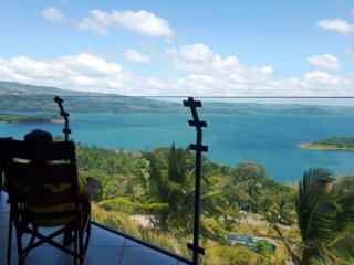 LAKE ARENAL VIEWS NEW CONDO 1B/1B FULL KITCHEN