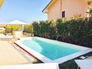 Villa a Trecastagni per 16 persone ID 557