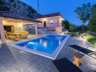 Villa with pool, peaceful oaza united with nature