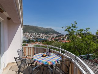 Apartment Ariana - Two Bedroom Apartment with Balcony and Partial Sea View