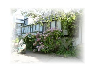 Burry Holiday Cottages - Burry Longhouse