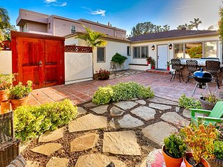 Charming La Jolla Shores home,steps from beach, town&restaurants!