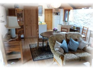 Burry Holiday Cottages - Burry Cottage