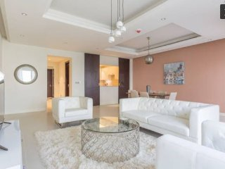 Luxury townhouse at Jumeirah Golf Estates