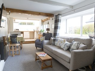 Somewhere Special -Newly renovated contemporary 17th Cent Cumbrian cottage for 2