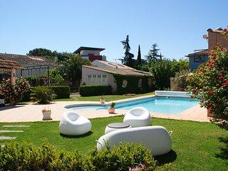 Maison de caractère 7 pièces /piscine