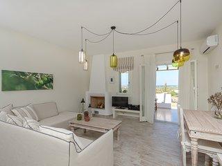 Bright villa in Naxos w/ seaview