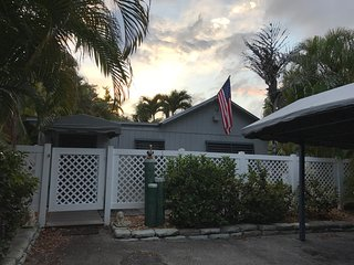 Private Vacation Cottage in Dania Beach