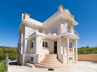 250m2 Villa ideal for Family quiet Stratos Palace