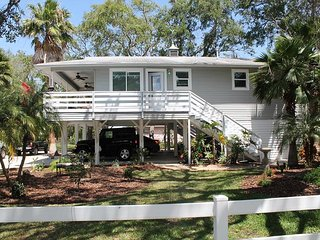 Peace of Paradise, Amazing Vilano Beach Home, Flat Screens, Sleeps 7, Saint Augustine