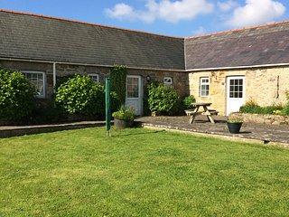3 Glantraeth Farm Holiday Cottage