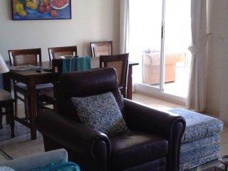 Apartamento a 600 metros de la playa de Calahonda