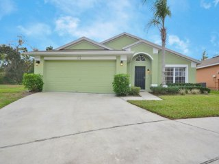 Nice 5BR 3Bath south facing pool with no rear neighbors & game room from $128nt, Orlando
