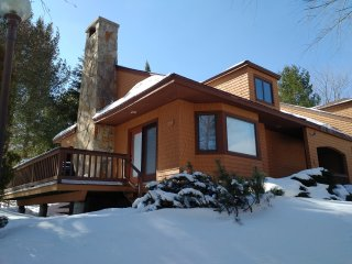 Ideal location for all seasons..fish, golf, hike, sk! Lavishly remodeled in 2016