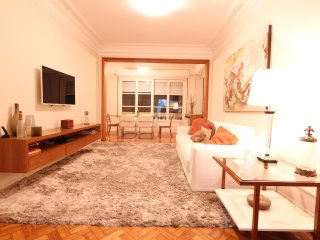 Large and comfortable apartment in Copacabana #*******