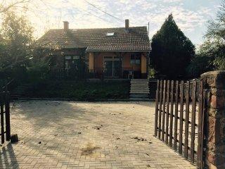 Manomi house