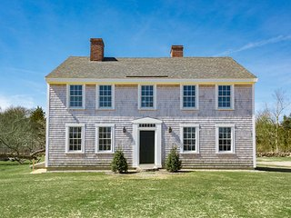MEINT - Stately Historic Chilmark Home, All Newly updated to Luxury Standards