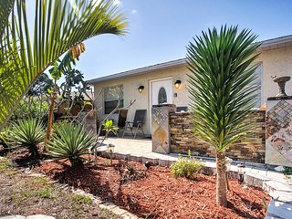 Completely Renovated 3BR Naples Home *Short Bike Ride to Vanderbilt Beach & Wiggins Pass State Park
