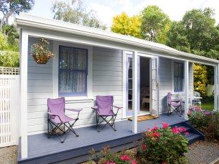 Lavender Cottage - Rosebud Studio