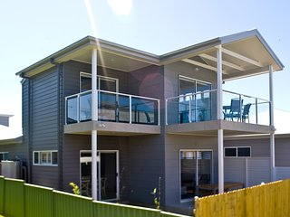 Hawkesnest Luxury Villas at the Heart of Huskisson. Villa 4