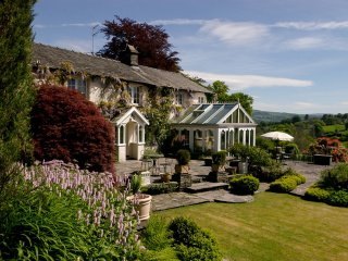 LLH51 Cottage in Outgate and T, Ambleside