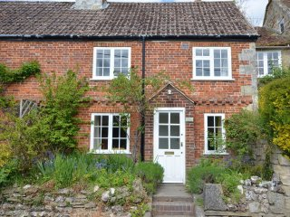 40895 Cottage in Salisbury