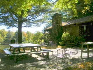 Hudson Valley Cabin - Romantic & Secluded Log Cabin with Private Lake - 85 acres