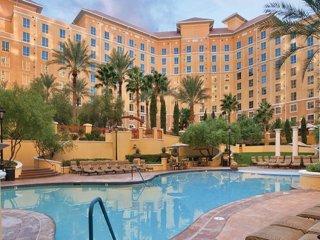 Experience legendary Las Vegas!
