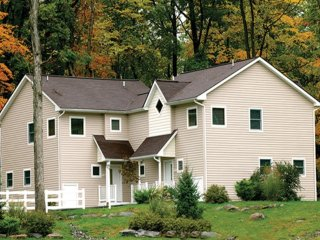 Come stay in the Pocono Mountains!, Shawnee on Delaware