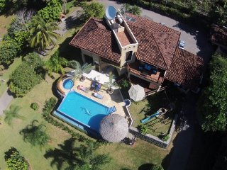 Villa del Cerro, nestled in the tropical rainforest with fabulous views!