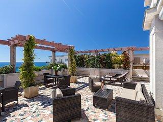 Ashley&Parker - SEA VIEW TERRACE PENTHOUSE PRESTIGE - Luxury Apartement