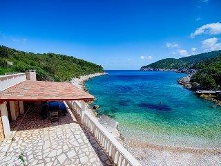 Beach Villa Tiha