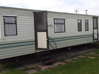 3 bed 9 berth large holiday home, Martello Beach Park Resorts Pet friendly