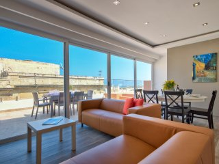 Amazing Harbour Views Valletta Duplex Penthouse