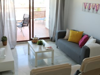 Andaluz Apartments - MDN02 - pool - Wifi - air con - parking