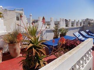 Maison très bien située dans la médina d'Essaouira, louée en totalité