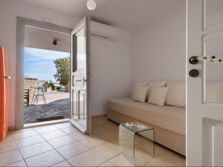 One Bedroom Apartment with Caldera View