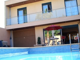 Spectacular house in small village, center of Majorca. 5 Bedrooms! Pool, Garage